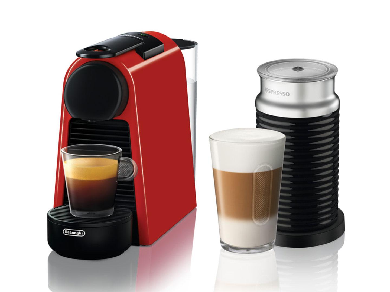 Nespresso kapszulás kávéfőző tejhabosítóval DELONGHI